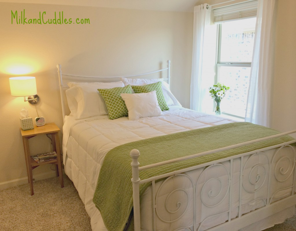 Guest room green