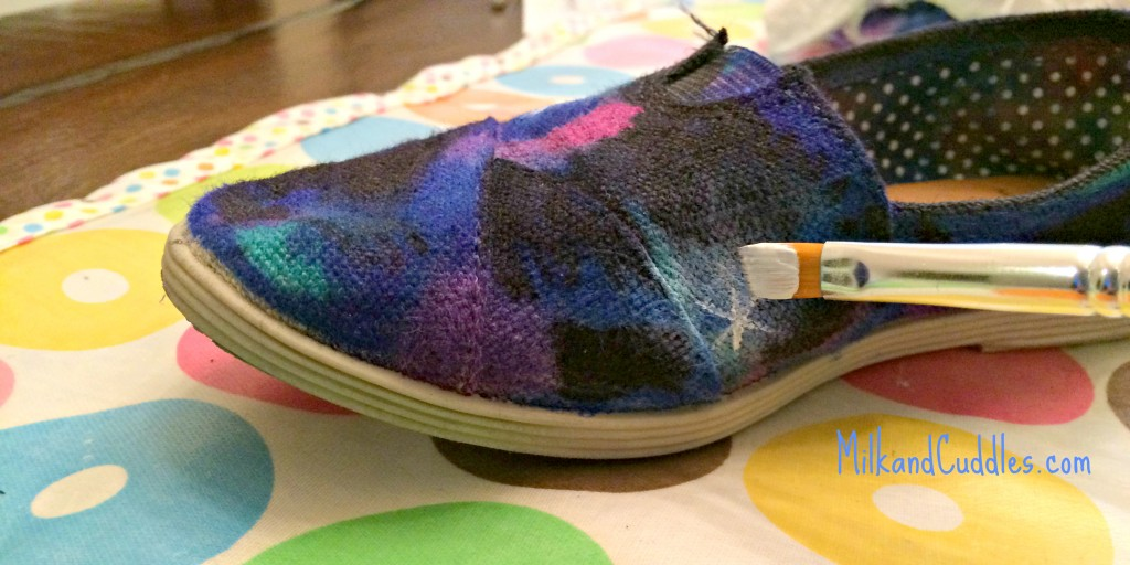 painting galaxy shoes