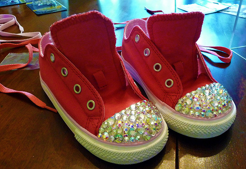 DIY Custom Swarovski Crystals Sneakers!