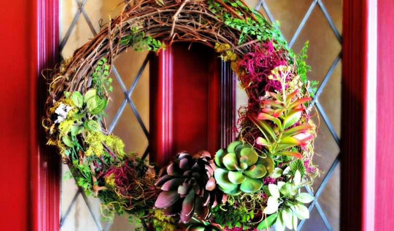 Make a Wreath!