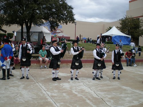 bagpipers1