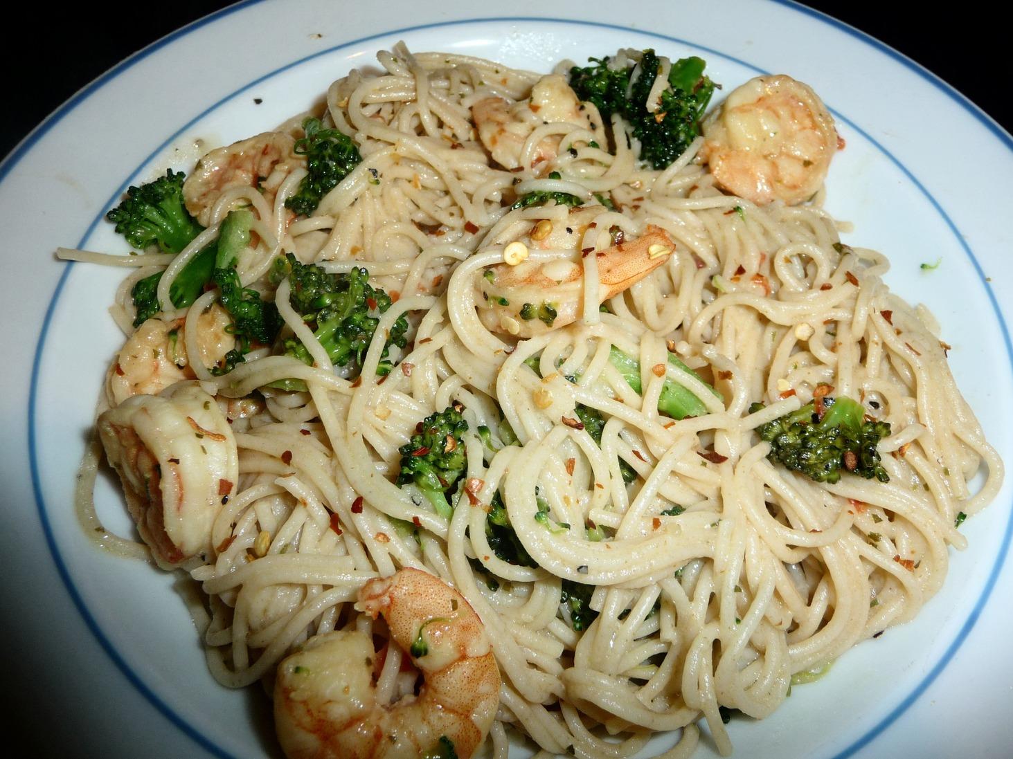 recipe: lemon pepper shrimp fettuccine [26]
