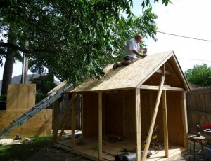 roof starts on playhouse