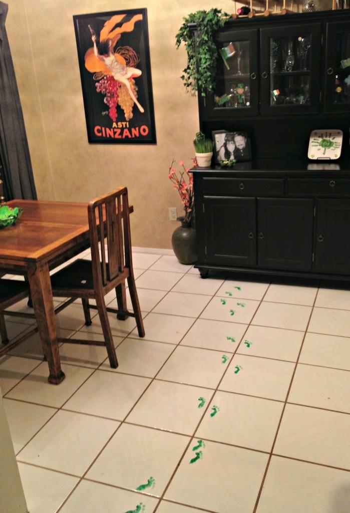 how to make elf footprints