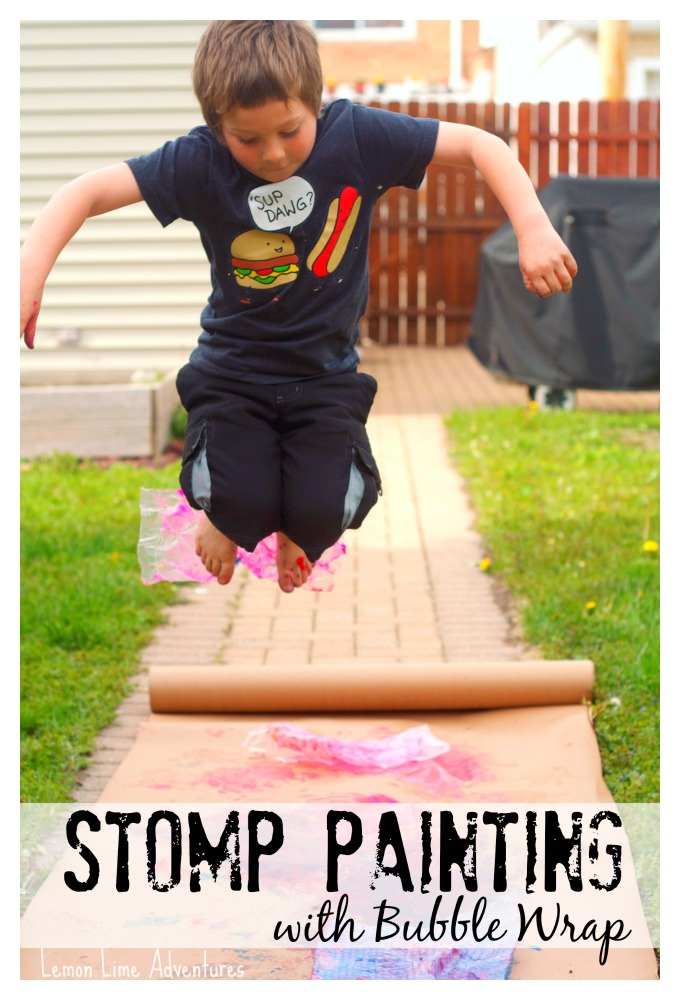 stomp-painting-with-bubble-wrap.jpg