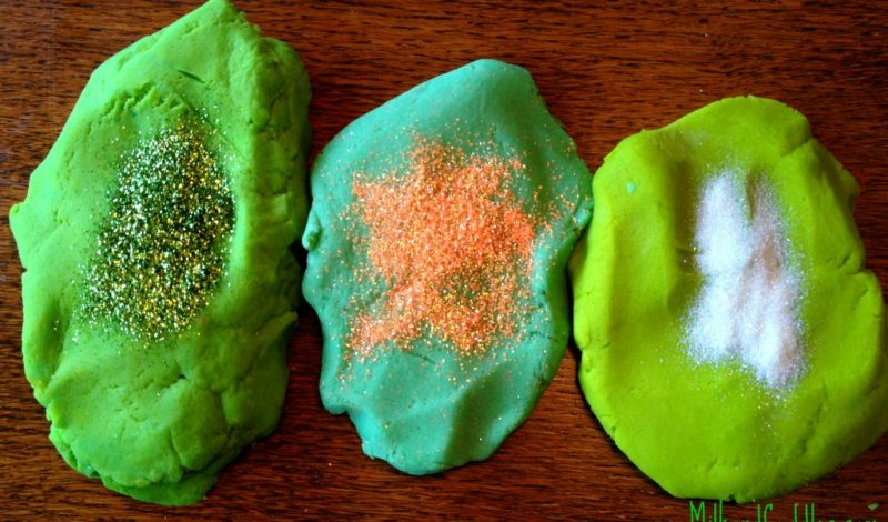 St Patricks Day Play Dough Activities