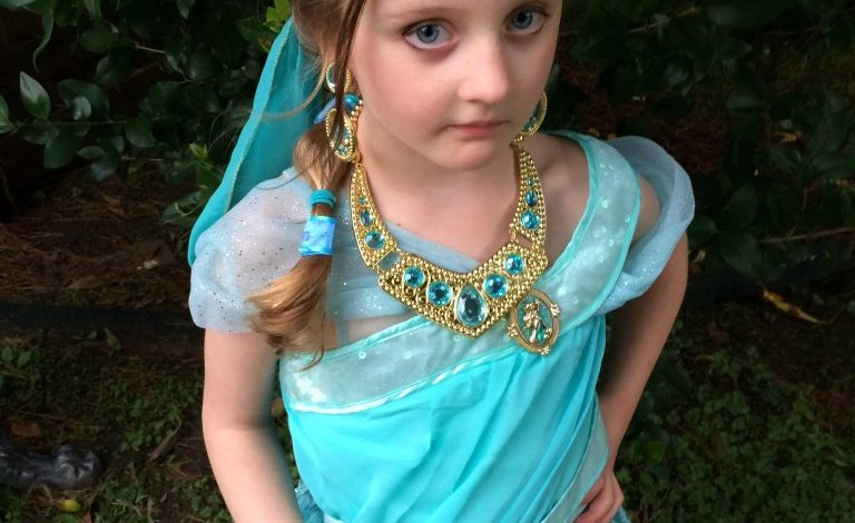 Princess Jasmine Costume & Halloween Tip!