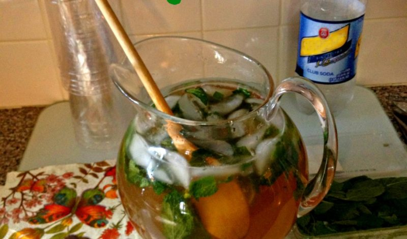 Make a Pitcher of Brown Sugar Mojitos!