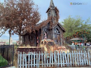 Tips for going through Haunted House -What I learned at Halloween Horror Nights!